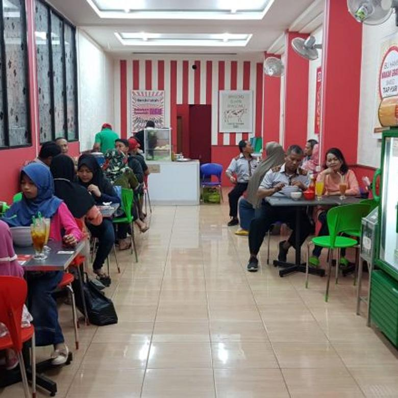 Sewa Toko Kuliner Furniture Lengkap dekat Undip Semarang