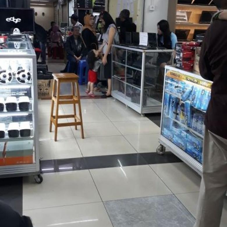 Kios-Jakarta Barat-3