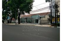 Dijual Rumah Usaha Strategis di Wijaya Jakarta