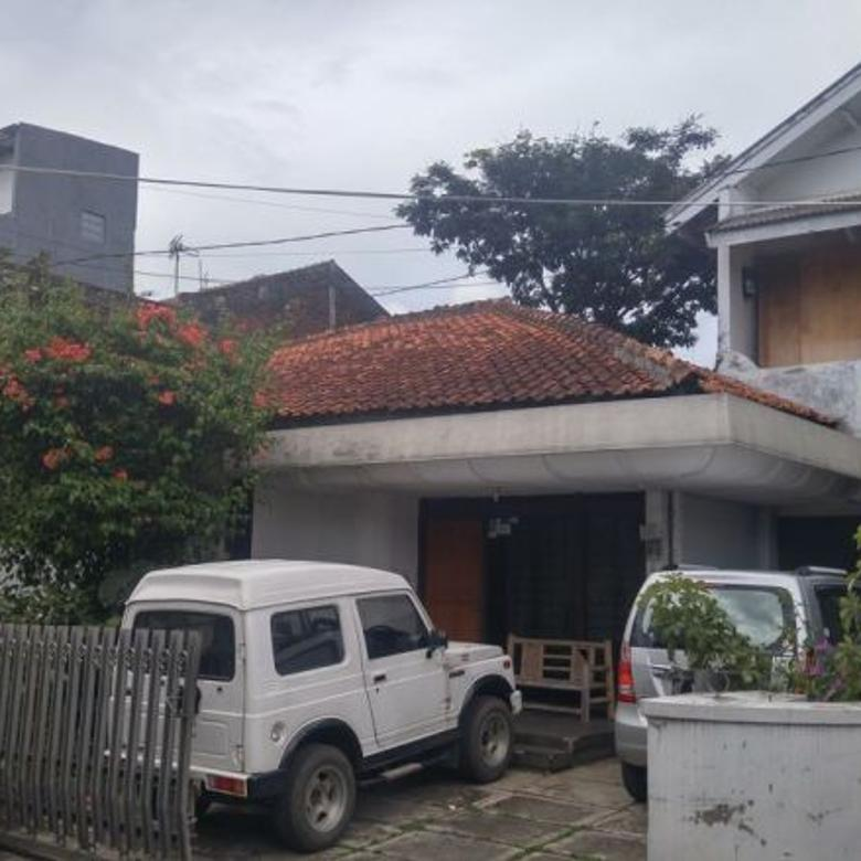 Dijual Rumah Hitung Tanah di Cibeunying Kolot, Bandung