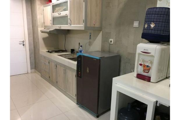 Apartemen pusat kota 1BR full furnished di Trillium, Surabaya 12274817