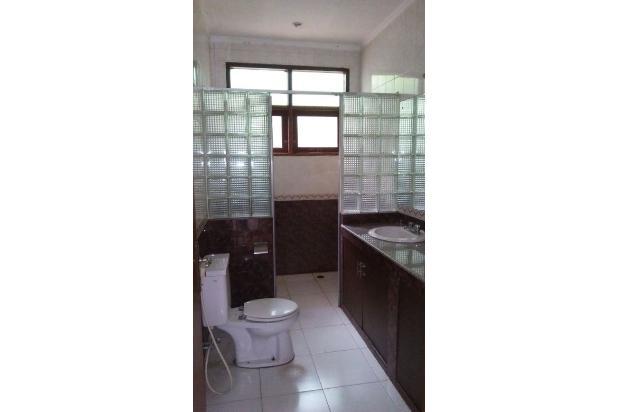 Rumah LUAS di Kemang Selatan, Jakarta Selatan 16358939