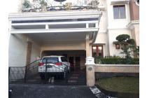 Rumah Mewah di perumahan elite CasaGrande