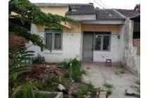 Rumah siap direnovasi di Villa Mutiara Gading 3
