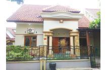 Rumah full furnish 3 kamar dekat UII Jakal