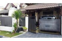 Rumah cantik nyaman dan strategis (Dp)