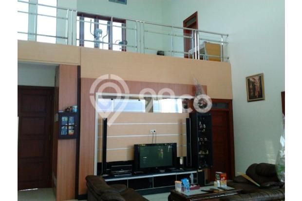 Rumah Mewah Bonus Kolam dan Full Furnished Lokasi Eksekutif Solo Baru 13696721