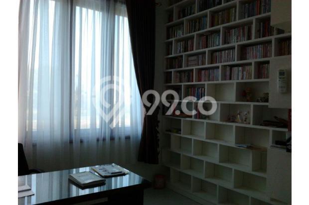 Rumah Mewah Bonus Kolam dan Full Furnished Lokasi Eksekutif Solo Baru 13696723