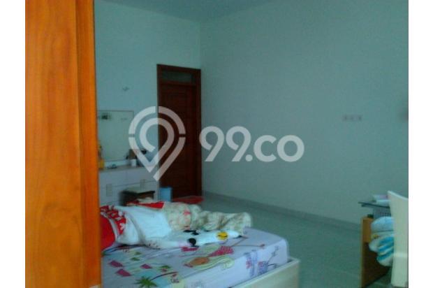 Rumah Mewah Bonus Kolam dan Full Furnished Lokasi Eksekutif Solo Baru 13696724