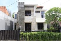 Cari Villa atau Rumah yang diSEWAkan harian  di Jimbaran Kuta Bali