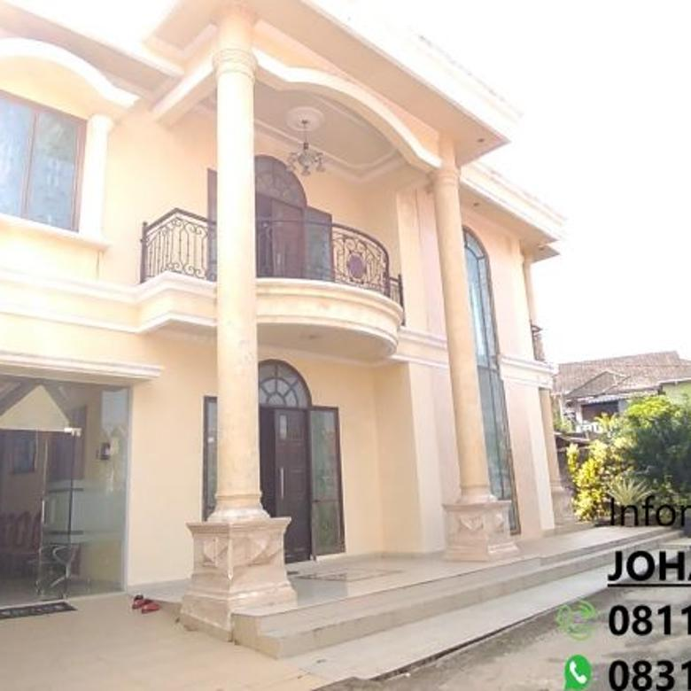 Rumah mewah beserta isi lokasi strategis dekat pusat kota Palembang
