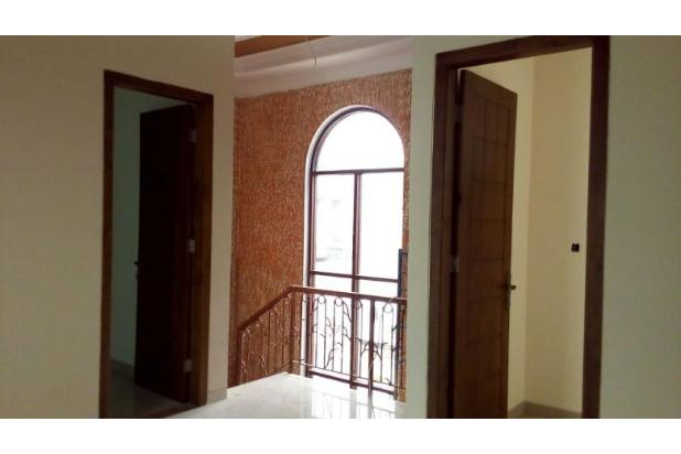 Rumah mewah 2 lantai dengan harga nego di pondok kelapa 15422543
