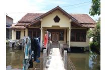 Dijual Rumah dan Kolam Ikan di Cipanas Baru Dekat Area Wisata, Garut