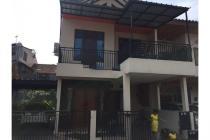 Dijual Rumah Rapih Strategis di Puyuh Timur Bintaro Tangerang Selatan