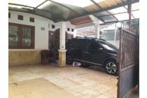 Rumah luas & nyaman di Jagakarsa dekat setu babakan MuRaH carport 2 mobil
