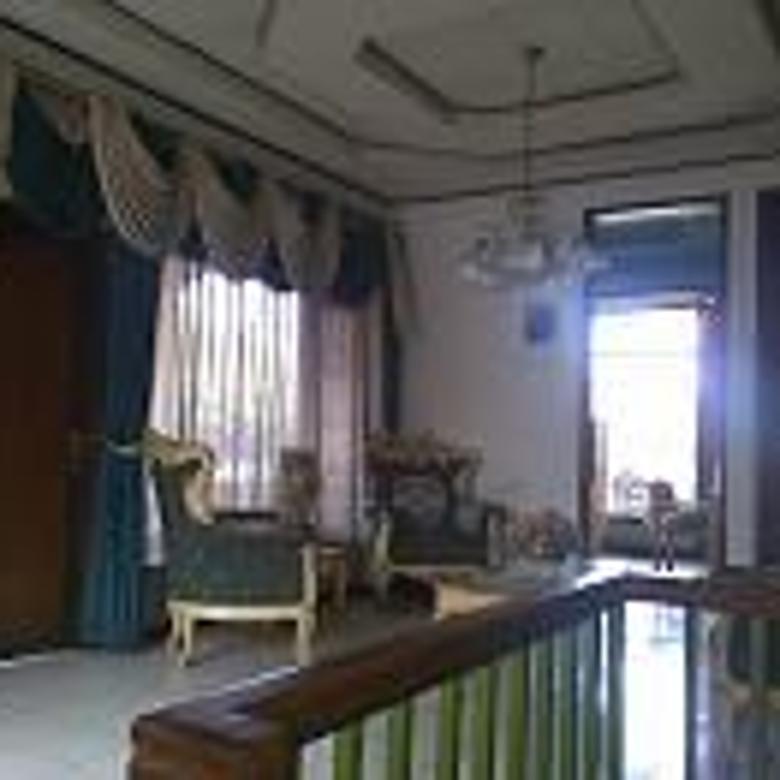 rumah strategis untuk usaha kantor surya sumantri pasteur bandung