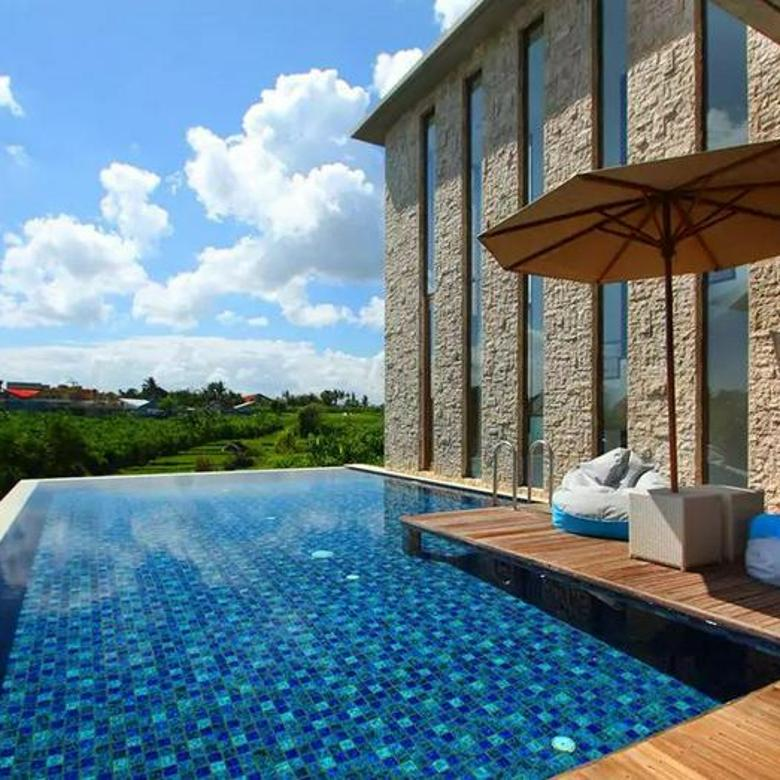 FOUR BEDROOMS VILLA WITH ROOFTOP POOL IN CANGGU