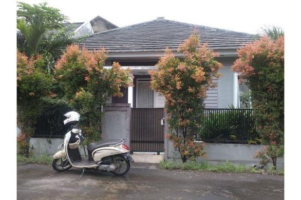 Dijual Rumah Asri Nyaman Siap Huni di Kiara Sari Bandung 14417095