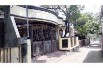 Rumah 2,5 lantai di Pondok Gede