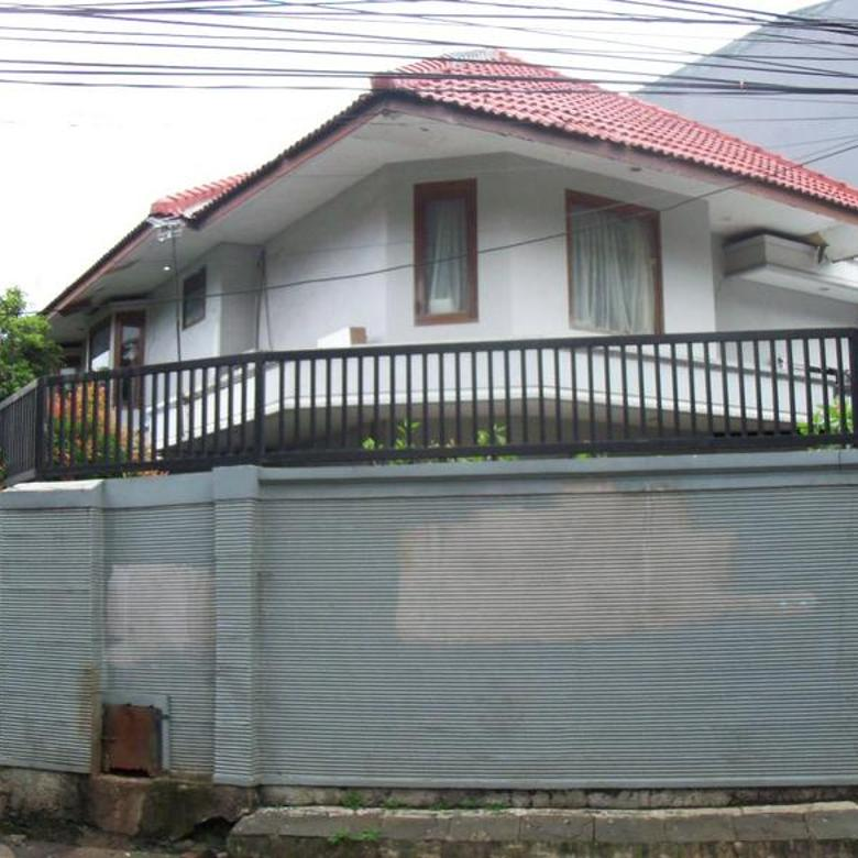 Rumah 2 Lantai di Kemang Jakarta Selatan