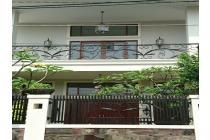 Rumah Mewah di kawasan elite Kalibata