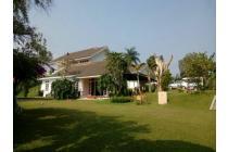 Villa Puncak Bogor Mewah Luas Terawat
