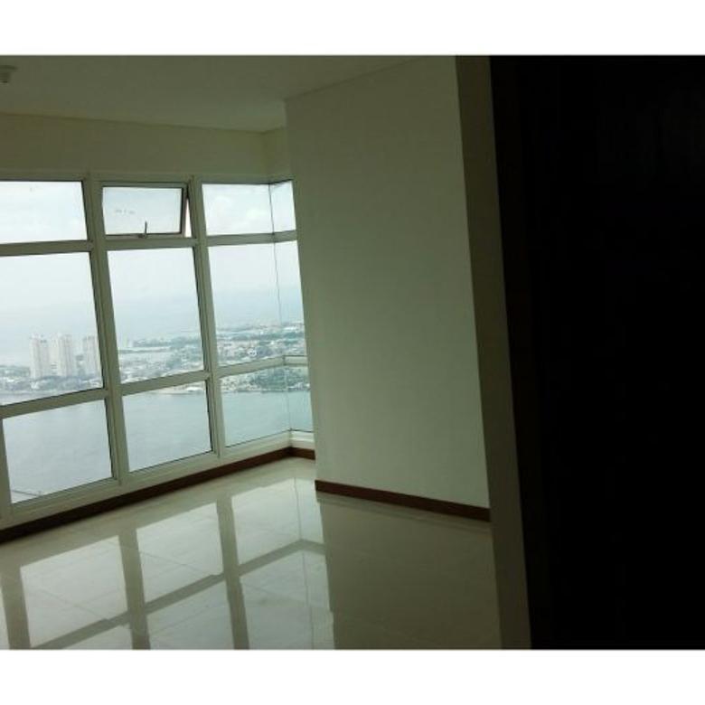 Condominium 3 Kamar Green Bay Pluit Tower K View Laut Lepas