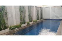 DIjual Rumah Siap Huni kebayoran Garden Lt/Lb : 254m2/357m2,