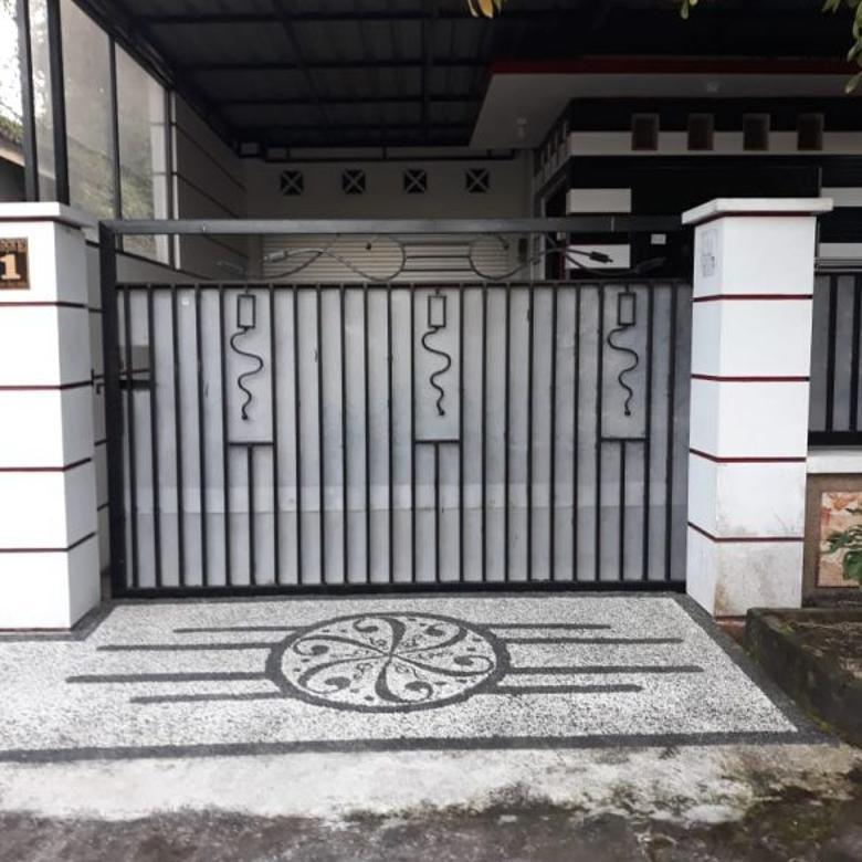 Jual MURAH Rumah+Isinya, Lokasi Tengah Kota Mataram - Lombok
