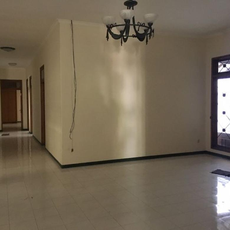 Rumah dijual di Darmo Baru Surabaya, Dekat Kupang Indah