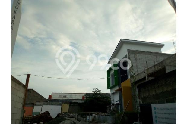 Rumah 2 Lantai + Kolam Renang di Depok 16048623