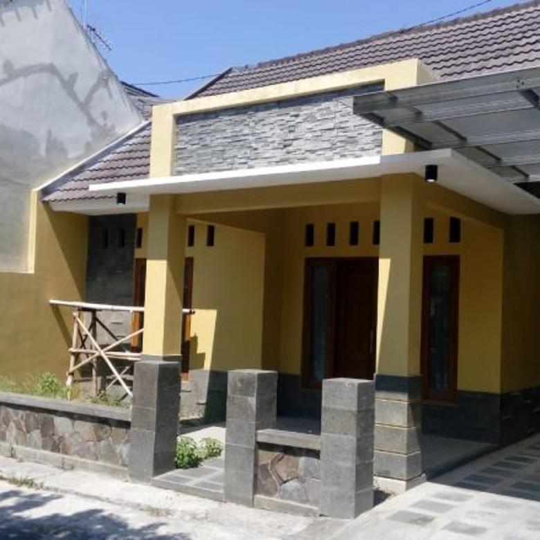 Rumah Bagus Siap Huni Dekat Luwes Gentan Sukoharjo (BD)