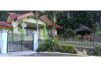 Dijual rumah villa bagus siap huni di Songgoriti Batu
