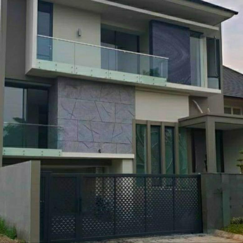 Rumah MEWAH Full Marmer, Free AC di Graha Family (Siap Huni)
