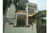 rumah besar di villa kapuk mas 1