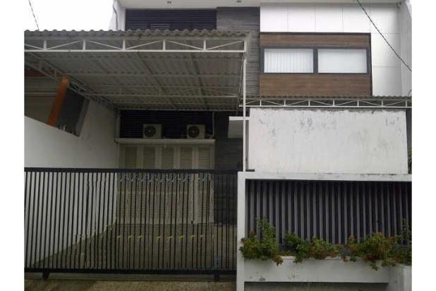 Rumah SIAP HUNI , POOL , FURNISH di Lebak Arum 5950909