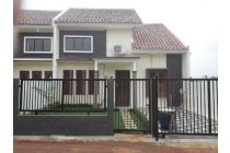 Rumah Akses Stasiun Depok Free Pagar / Canopy