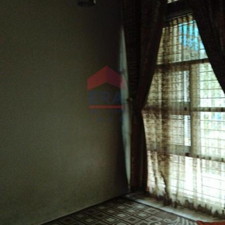 Rumah Kompleks Kinagara Ciganitri Lokasi sangat strategis