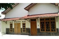 Rumah disewakan cocok u/ usaha/kantor/kos, dekat Bandara/STTA/UPN/UAJY/UII