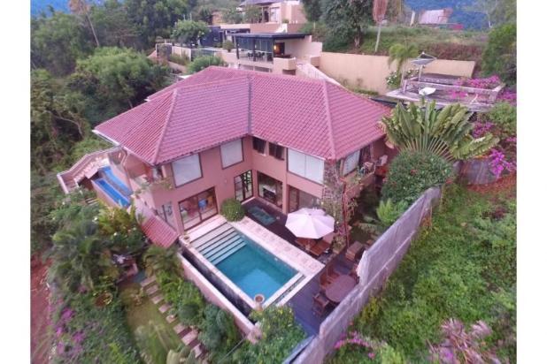 villa for sale in batu layar near senggigi tourist area