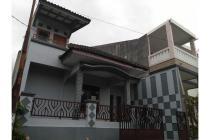 Rumah 2 Lantai, Tinggal Jalan Kaki ke Stasiun Cilebut