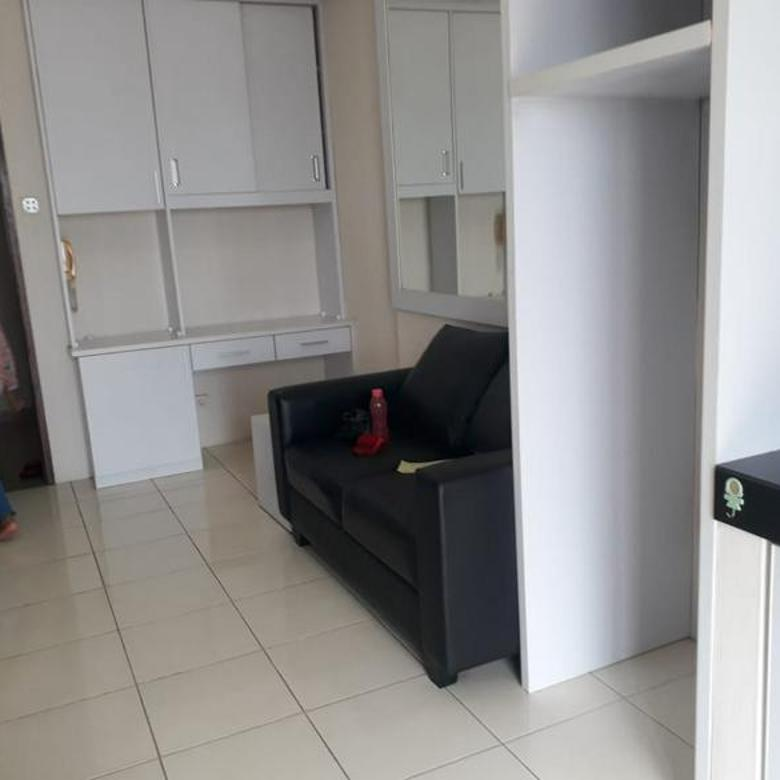 Apartemen Mediterania Garden 2 - 2BR Furnished Lantai Sedang
