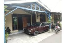 Rumah masih siap huni Akses Semobil Antapani dekat Ke Terusan Jakarta