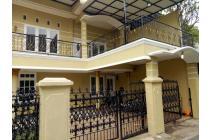 Rumah 2 Lantai, 5 Kamar Tidur, Di Belakang Mall Pejaten, Jakarta Selatan