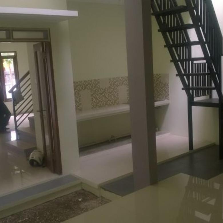 rumah baru 4 kamar 2 lantai kiarasari buahbatu minimalis