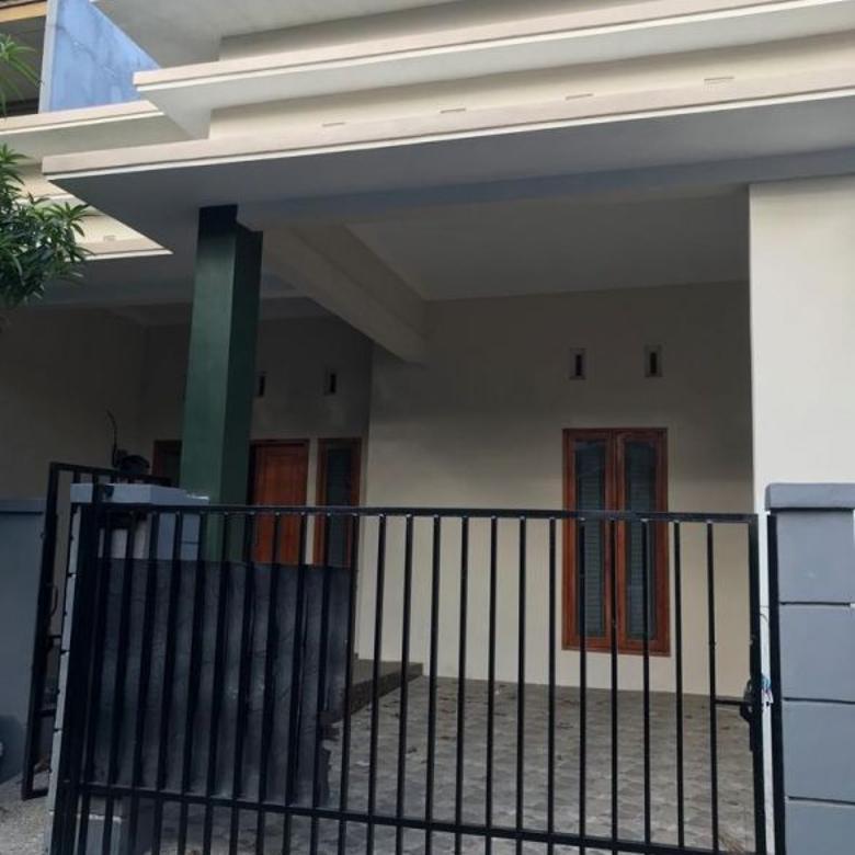 Rumah 2 lantai bagus dan murah di Perum Tytyan Indah Bekasi