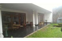 Rumah lama mewah di Kawasan Bandung Utara