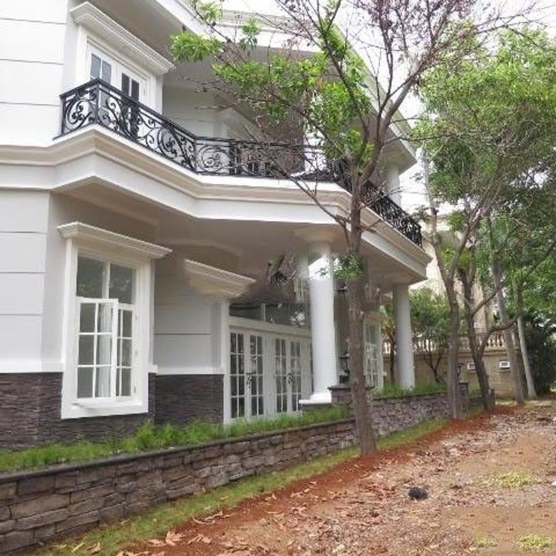 Dijual Cepat Rumah Strategis di Akasia Pantai Indah Kapuk Jakarta Utara