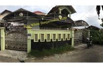 Rumah Dijual di Jl. Yos Sudarso Komp Airmantan Banjarmasin, Strategis Murah
