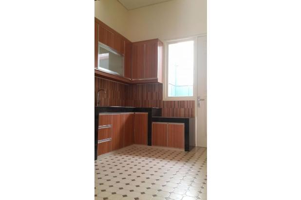 Di jual rumah mewah di daerah Jatiwaringin dengan harga nego 13697252